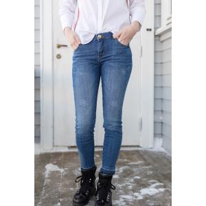 Sumner Lt. Deluxe Jeans