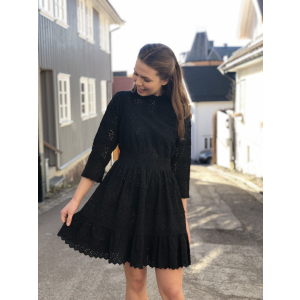 Broderie anglaise dress - black
