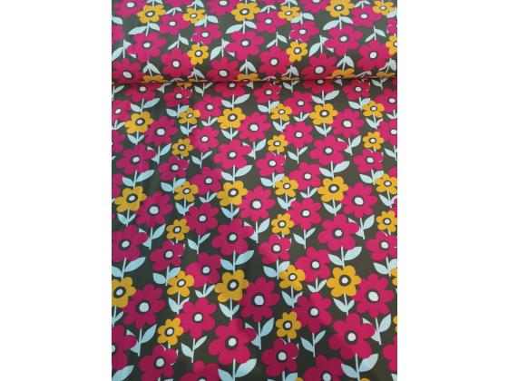 Jersey med rosa og gul blomster på grønn bunn