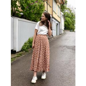 Delicate midi skirt