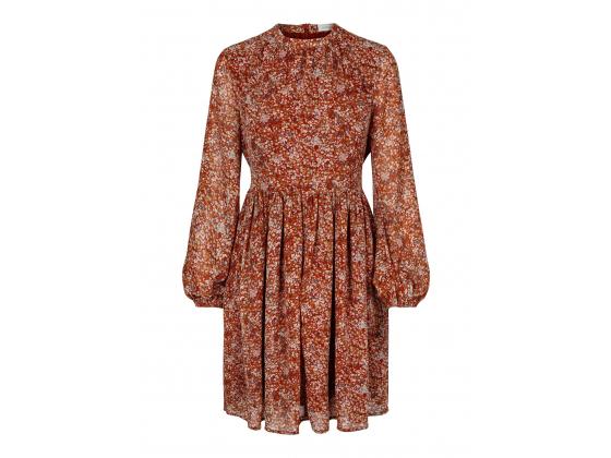 Secrets By B Johanna kjole
