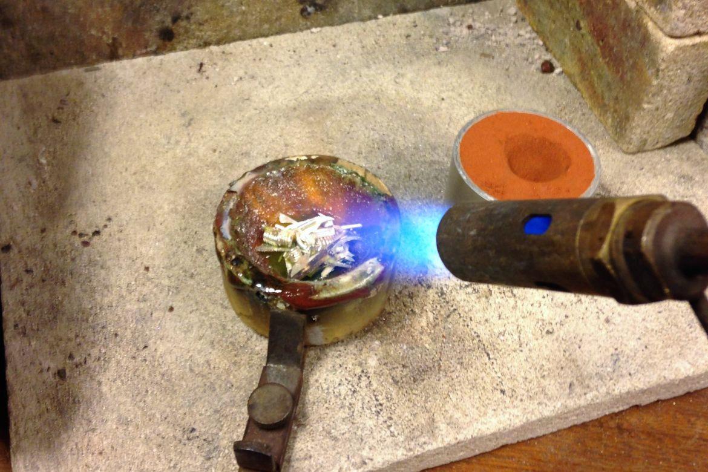 Vi reparerer og lager smykker for deg!