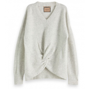 Crewneck knit with knot detail