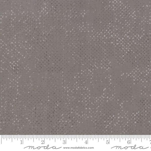 Spotted sement grå