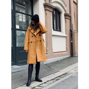 Buckthorn wool coat