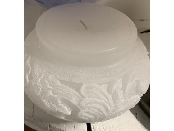Akantus hvit White house of candle
