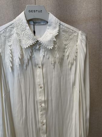 Tricia Shirt