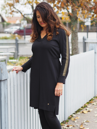 Lipa Noir Dress