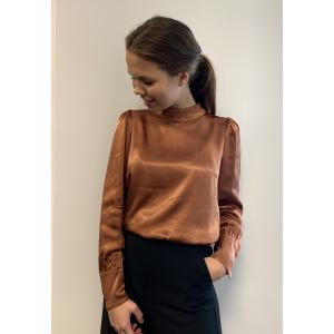 Shea blouse