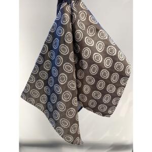 Lommetørkle grå m/mønster