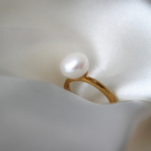 Ring. Pearl - Exclusive Collection