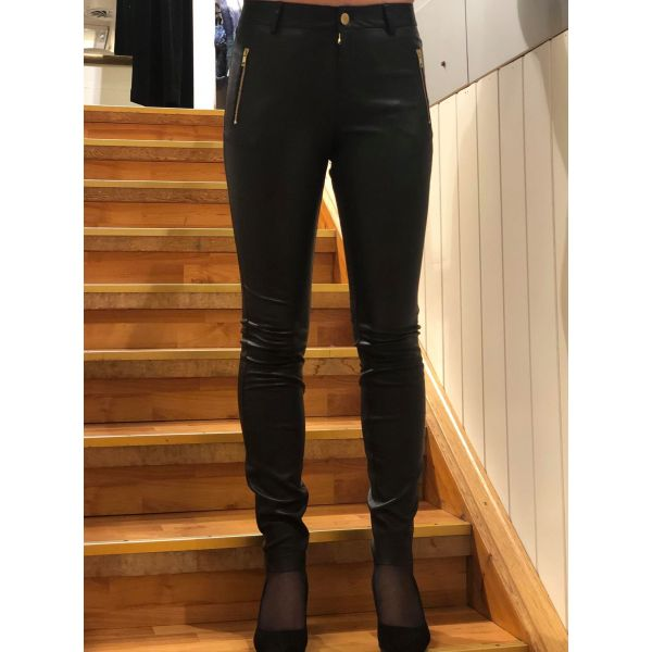 Leather stretch pants