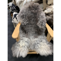 Saueskinn 110-120cm gråmelert spæl