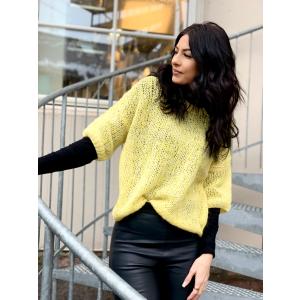 Mellow 2/4 knit o-neck - empire yellow