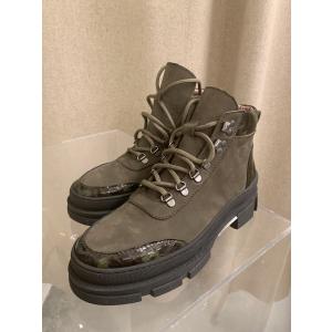Vando Boots