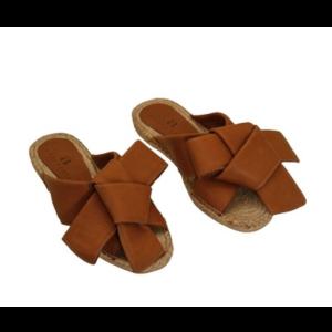 Malibu Leather - sandals