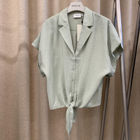 Kirita Shirt