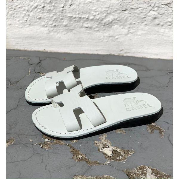 Albertine sandal
