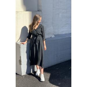 Lyone Midi Dress