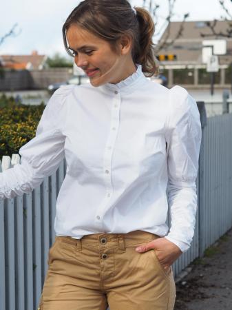 Sandy Poplin Puff Shirt