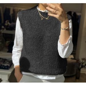 Kala Vest Black