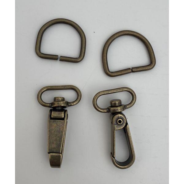 Karabinkrok  (30 mm x 55 mm) og D - Ring  (3 mm ) Oxydert og Sølv