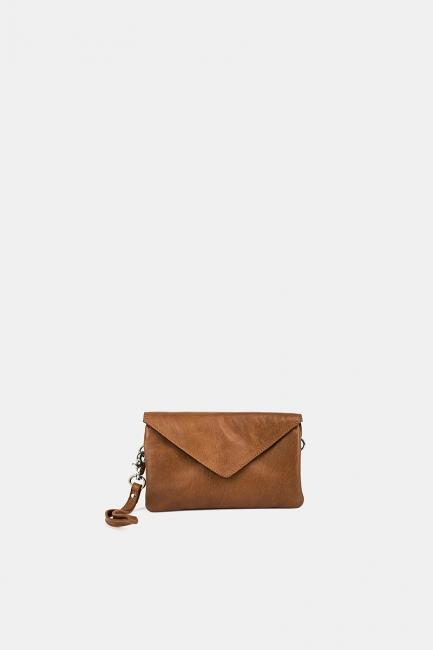 RE: Designed Clutch - Claire Brun