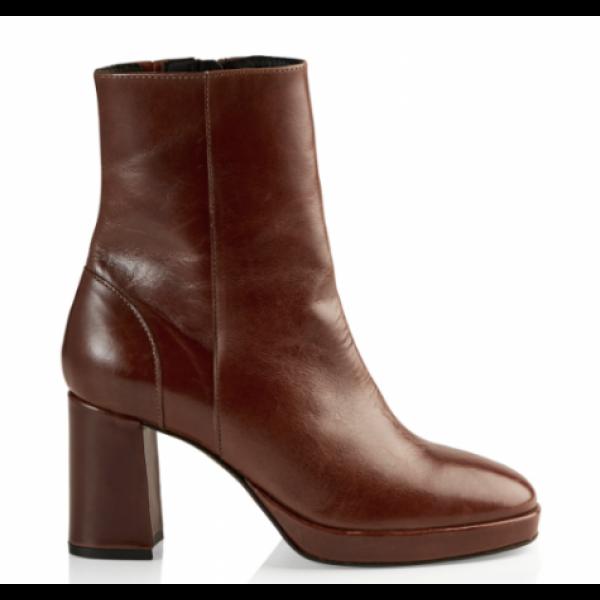 Asta Boots