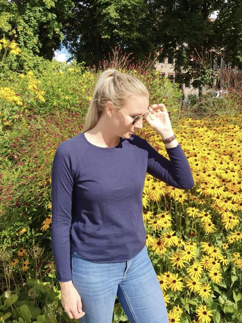 Two Danes Genser - Annika Blå