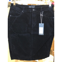 ML Opi black skirt