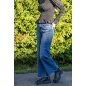 Dara Re-Loved Jeans