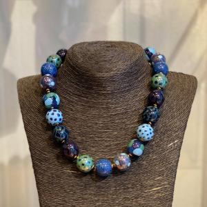 Kazuri Smykke - Candy Tingting Blå/Prikkete