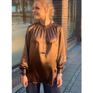 Faith blouse oak