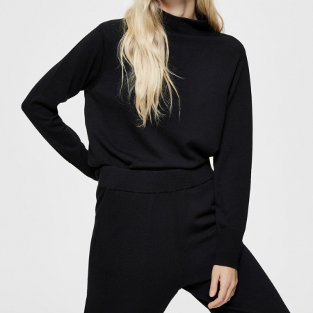 Sandra Knit T-Neck