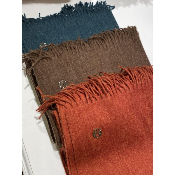 plain lambswool scarf