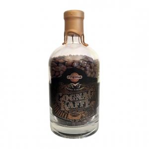 Cognackaffe lagret på fat