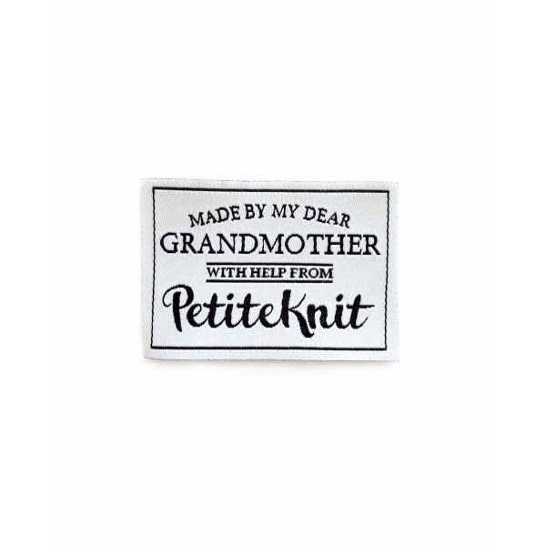 Merkelapp PetiteKnit - Made by my dear grandmother
