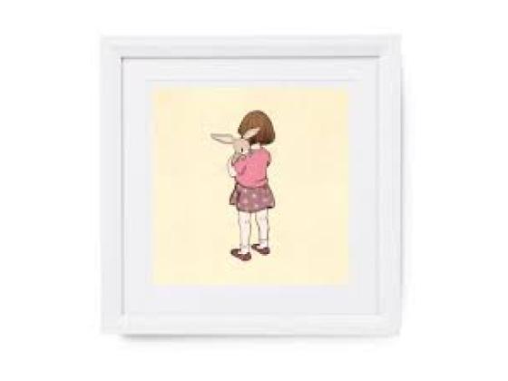 Belle & Boo bilde – Belle hugs Boo