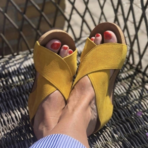 Frances - Yellow