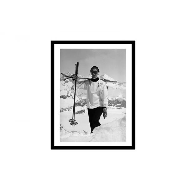 Glass picture w/frame woman carrying skis 70cm x 90cm
