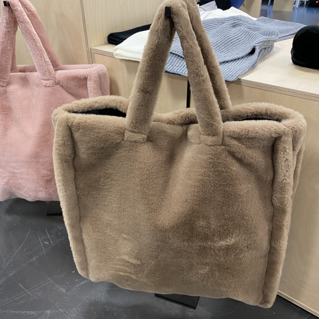 Carrie Tote Brown
