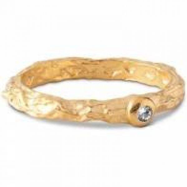 Ring, Coralie