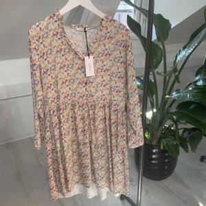 Bille Dress