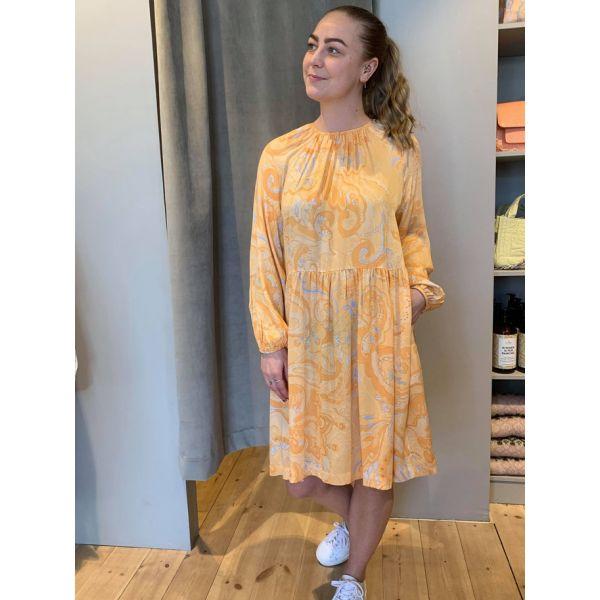 Pennie kjole
