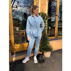 Ellen jeansjakke blå