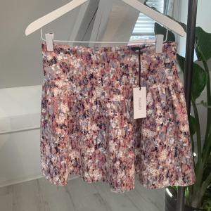 Belle Skirt Satin