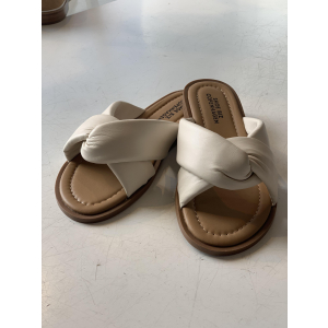 Sikita Leather Sandal