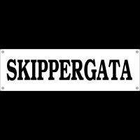 Gatenavn på hvit akryl
