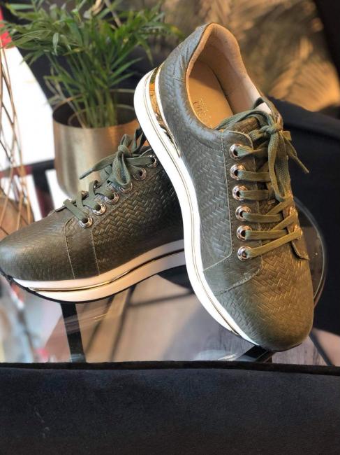 Sneakers Gull, grønn mønster