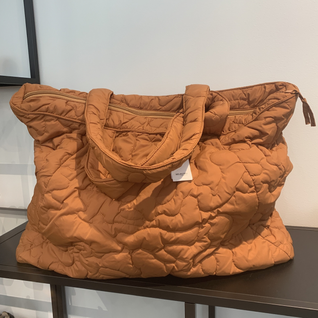 Tomine Quilted Bag